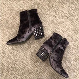 kendall and kylie crushed velvet booties